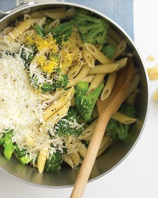 """One Pot Pasta."" Lunch or Dinner. Will use whole wheat noodles of course."